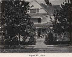 Sigma Nu fraternity house 1910-11.  From 1912 Oregana (UO Yearbook).  www.CampusAttic.com