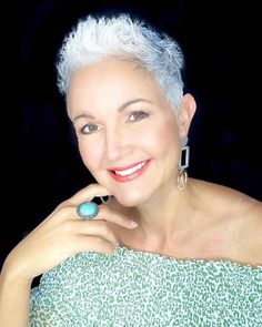 26 Short Spiky Haircuts for Women Over 60 with Sass Short Hair Cuts For Women Pixie, Pixie Haircut Thin Hair, Pixie Cuts, Hairstyles Over 50, Short Hairstyles For Women, Easy Hairstyles, Latest Hairstyles, Short Curly Wigs, Very Short Haircuts