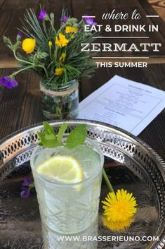Cool place to eat and drink in Zermatt: check out Brasserie Uno for all-day lunch, dinner, drinks (like this wild dandelion G&T) and coffee. Plus vegan and vegetarian and some gluten free - delicious Vegetarian Options, Vegan Vegetarian, Vegetarian Recipes, Lunch Menu, Dinner Menu, Dinner Reservations, House Salad, Tasty, Yummy Food