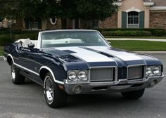 72 cutlass supreme convertible... I'd like to get mine painted like this!
