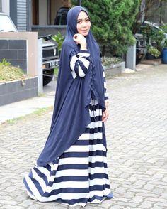 Niqab, Happy Weekend, Mix N Match, Instagram, Style, Fashion, Moda, Fashion Styles, Fashion Illustrations