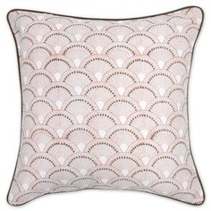 scalloped pillow with reverse color trim...making this with fabric paint