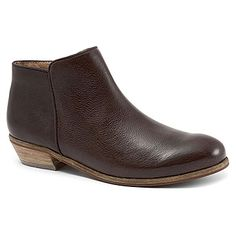 SoftWalk Rocklin Dark Brown Veg Tumbled Leather wide