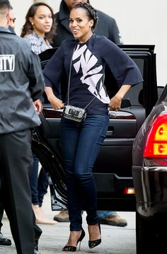 Kerry Washington was the picture of casual chic in skinny jeans and a printed top at Jimmy Kimmel Live on Jan. 29 in L.A.