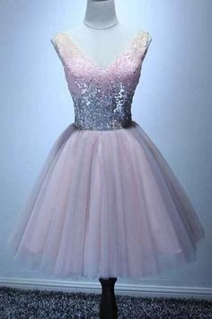 Buy Cute Bling Sequins Short Tulle Party Dress V Neck Pink Lace up Homecoming Dresses online.Shop short long ombre prom, homecoming, bridesmaid evening dresses at Couture Candy Cocktail party dresses, formal ball gowns in ombre colors. Short Graduation Dresses, Dresses Short, Sexy Dresses, Long Sleeve Homecoming Dresses, Grad Dresses, Cheap Prom Dresses, Dresses For Teens, Dresses Online, Pink Sweet 16 Dress