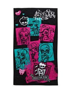 Lähde Monster High -pyyhkeen kanssa tyylillä saunareissulle tai rannalle! Muhkean ja pehmeän pyyhkeen koko on 75 x 150 cm. Pesu 40 asteessa.