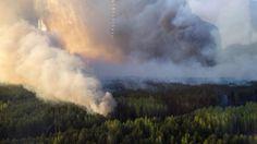 Le feu de forêt qui s'était déclaré en Ukraine dans la zone contaminée de Tchernobyl est en voie d'extinction. Pour l'Institut de radioprotection (IRSN), il y aura des répercussions en France, mais bien-sur sans impact sur la santé publique ! Les pompiers...