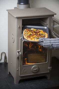 Autumn Pizza cooked in the Dartmoor Baker wood burning stove and oven