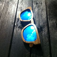 Trendy shades:)
