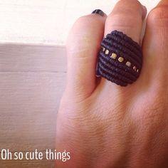 semiprecious stones ring Macrame Jewelry, Macrame Bracelets, Macrame Bracelet Tutorial, Micro Macrame, Stone Rings, Creations, Weaving, Jewellery, Crochet