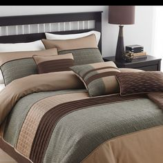 Country Manor Rexwell 7 Piece Comforter Set
