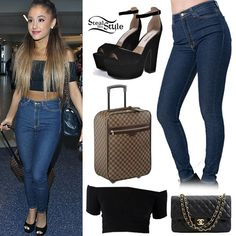 Ariana Grande arriving at LAX Airport, September 21st, 2014 - photo: agrande-news