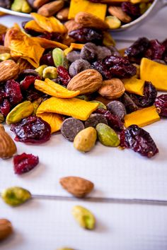 Trail Mix for Adults from Top Three Trail Mix Snack Ideas by Everyday Good Thinking | @Jessica Rybarczyk Beach