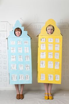 DIY Halloween Costume  // Copenhagen row houses made from a cardboard box