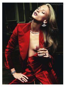 Anna Selezneva: Vogue Paris, August 2011