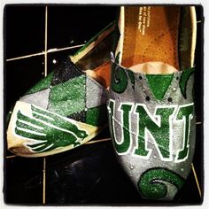 Unt mean green toms Green Toms, University Of North Texas, Painted Toms, Mean Green, Custom Paint, New Shoes, Pairs, Lady, My Style