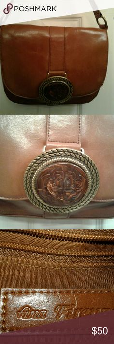 Ana Firenze leather purse Chic brown leather purse with beautiful stone at the front of the purse this purse has a boho vibe to it. The stone has some minor scratches hardly noticable. Ana Firenze Bags Shoulder Bags