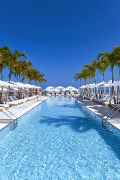 Time to sit back and do what I do best on vacation – people-watch.  1 Hotel South Beach (Miami Beach, Florida) - Jetsetter