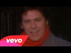 ▶ Shakin' Stevens - Merry Christmas Everyone Reminds me of Christmas in the UK.