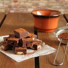 Easy Vegan Fudge with Chocolate, Tahini, Almonds and Cranberries