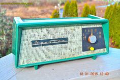 SMITTEN BY BURLAP Forest Green Sparton Model 360 AM Tube Radio Totally Restored!
