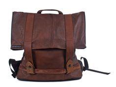 Rucksack aus recycelter Lederjacke von ichichich bei Kult-Design-Unikate