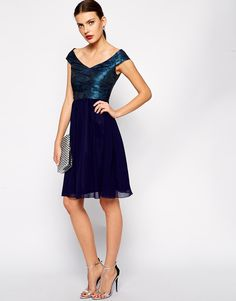 64 nejlepších obrázků z nástěnky Dresses   skirts  ffc95b8e671