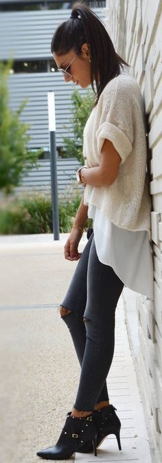 June Sixty Five Cream Light Sweater Layering Fall Streetstyle Inspo