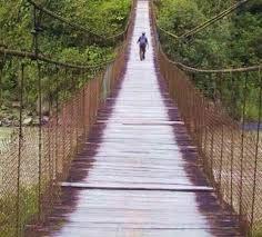 coisa de mulher...entre outras coisas...: Há uma ponte que leva ao amor... ...É atravessando essa ponte que fica o amor? Então é para lá que eu vou... figura reproduzida