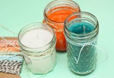 There's no argument that mosquitoes are a major buzz kill of summertime fun, but covering yourself from head to toe in sticky bug spray can be almost as vexing. Make a DIY citronella candle! Diy Candles Scented, Citronella Candles, Mason Jar Candles, Mason Jar Crafts, Citronella Oil, Diy Candels, Bug Repellent Candles, Light Up The Candle, Eucalyptus Candle