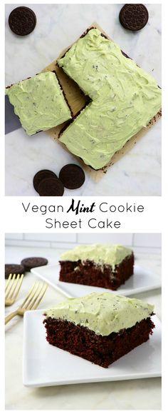 Vegan Mint Cookie Sheet Cake - Eat. Drink. Shrink. Dump Cake Recipes, Dessert Recipes, Frosting Recipes, Mint Chocolate, Chocolate Recipes, Chocolate Chips, Vegan Treats, Vegan Desserts, Mint Recipes