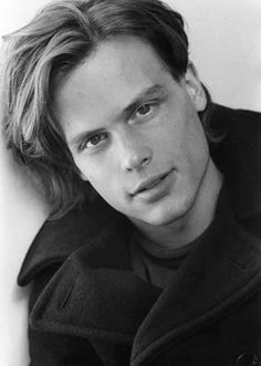 "MATTHEW GRAY GUBLAR ""Dr. Spencer Reid"" on Criminal Minds,  March 9th, 1980.  What a cutie!  :)"