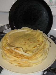 Hungarian Crepes - Delicious and light pancakes by Tina Ujlaki from Exploring Castaway Cuisine. Batter needs to rest for one hour. Hungarian Desserts, Hungarian Cuisine, Hungarian Recipes, Hungarian Food, Breakfast Recipes, Dessert Recipes, Mexican Breakfast, Pancake Recipes, Breakfast Sandwiches