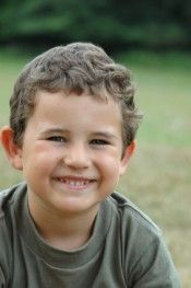 Hairstyle Tips & Tricks to Help You Look Your Best - Style Hair Magazine New Haircuts For Boys, Boys Haircuts Curly Hair, Curly Hair Baby, Childrens Haircuts, Top Hairstyles For Men, Cool Easy Hairstyles, Baby Boy Hairstyles, Little Boy Haircuts, Cute Hairstyles For Kids