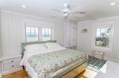 Gorgeous Beach Style Bedroom Design
