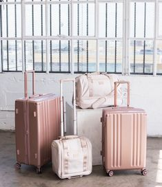 Cute Luggage, Carry On Luggage, Luggage Sets, Travel Luggage, Travel Bags, Packing Tips For Travel, Travel Essentials, Gold Bedroom Decor, Cute Handbags