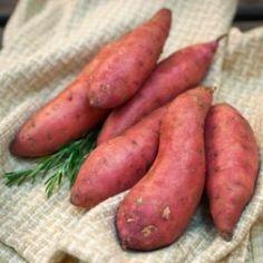 Freezing Potatoes, Freeze Sweet Potatoes, Freezing Vegetables, Frozen Vegetables, Sliced Potatoes, Mashed Sweet Potatoes, Fruits And Veggies, Healthy Vegetables, Frozen Sweet Potato Fries
