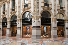 martino gamper alters perspectives with corners window design concept for prada - designboom | architecture