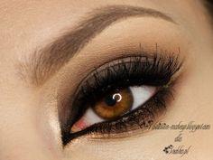 Perfect!! Flawless eye makeup!!