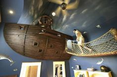 Children's room -Suspended ship from ceiling