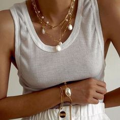 Rose and White Gold 5 Diamond Necklace Chain Dainty Diamond by the yard - Fine Jewelry Ideas Colar Fashion, Fashion Necklace, Fashion Jewelry, Minimal Jewelry, Pearl Chain, Dainty Necklace, Diamond Necklaces, Jewelry Photography, Pearl Bracelet