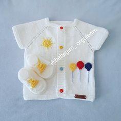 Örme bebek yelek Baby Knitting Patterns, Baby Cardigan Knitting Pattern, Knit Vest, Baby Patterns, Crochet Gifts, Crochet Baby, Knit Crochet, Cardigan Bebe, Kurti Sleeves Design