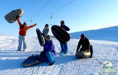 Airboard er en fantastisk morsom aktivitet og passer like godt for erfarne skikjørere som de som aldri har hatt ski på beina før.