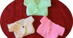 Linda's Crafty Corner: Sweet Little Tops for preemie newborn babies.This pattern is so simple, it's knitted in one piece the only sewing being the shoulder and little sleeve seam Baby Cardigan Knitting Pattern Free, Barbie Knitting Patterns, Knitting Paterns, Knitting Dolls Clothes, Knitting Projects, Cardigan Pattern, Doll Clothes, Knit Baby Sweaters, Knitted Baby