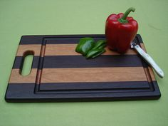 Farmhouse Collection Cutting Board with Handle - Walnut & Cherry