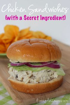 Shredded Chicken Sandwiches (with a Secret Ingredient) - Raining Hot Coupons New Recipes, Crockpot Recipes, Chicken Recipes, Cooking Recipes, Favorite Recipes, Healthy Recipes, Chicken Soup, Chicken Salad, Shredded Chicken Sandwiches