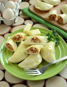 Pierogi dominikańskie z jajecznym nadzieniem Good Food, Yummy Food, Czech Recipes, Magic Recipe, Xmas Food, Polish Recipes, Polish Food, Exotic Food, Mini Foods
