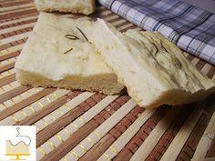 Focaccia http://www.deliartcakecreations.com/2012/09/focaccia-de-mandioca.html
