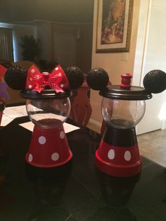 Minnie and Mickey gumball machine D.I.Y
