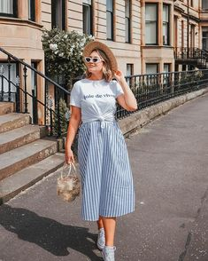 In to everything blue and stripy at the mo. This outfit is on klv today talking five good things happening with me right now!